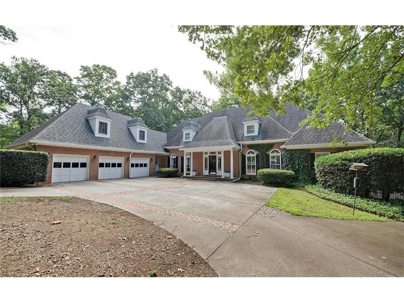 10660 Aviary Drive, Johns Creek, GA 30022 (MLS #5723218) :: North Atlanta Home Team