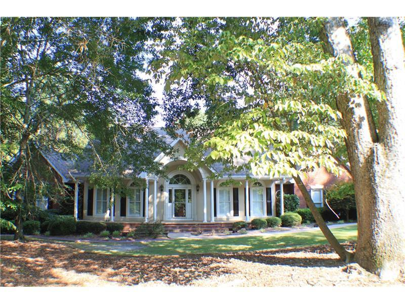 1910 Golf Club Way, Braselton, GA 30517 (MLS #5724878) :: North Atlanta Home Team