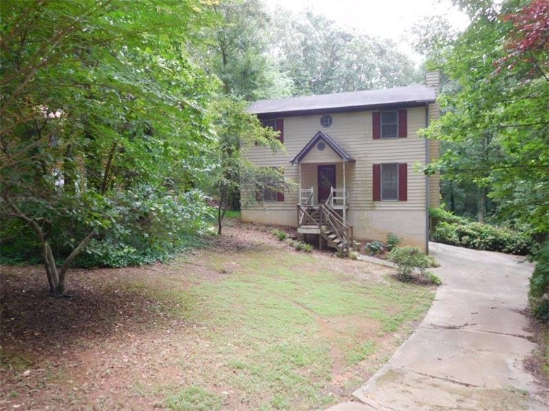 2731 Valley Hill Drive, Acworth, GA 30102 (MLS #5726364) :: North Atlanta Home Team