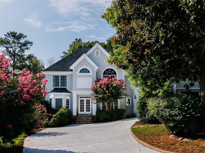 3331 Mallard Lake Place, Alpharetta, GA 30022 (MLS #5728262) :: North Atlanta Home Team