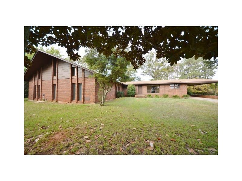 2604 Reagin Drive, Elberton, GA 30635 (MLS #5729100) :: North Atlanta Home Team