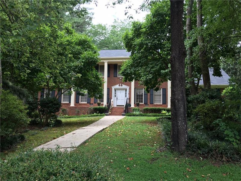 5161 Clearwater Drive, Stone Mountain, GA 30087 (MLS #5730964) :: North Atlanta Home Team