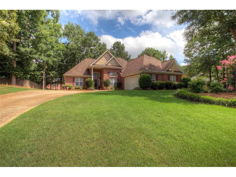 215 Huiet Drive, Mcdonough, GA 30252 (MLS #5732857) :: North Atlanta Home Team