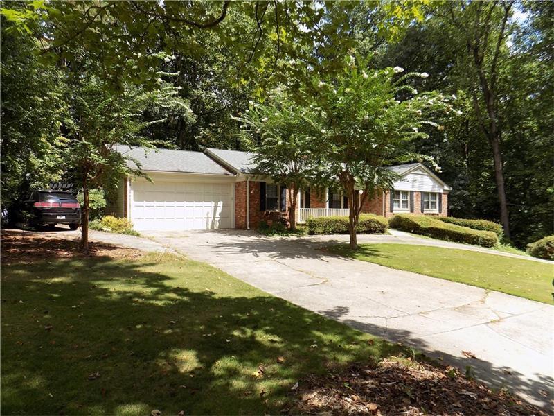 80 Maryeanna Drive, Sandy Springs, GA 30342 (MLS #5733603) :: North Atlanta Home Team