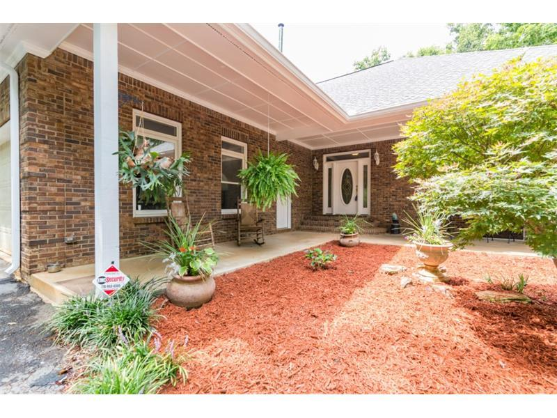 1270 Stockton Farm Road, Pendergrass, GA 30567 (MLS #5733905) :: North Atlanta Home Team