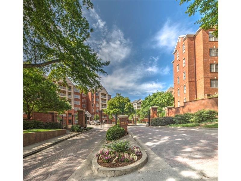 211 Colonial Homes Drive NW #2106, Atlanta, GA 30309 (MLS #5735400) :: North Atlanta Home Team