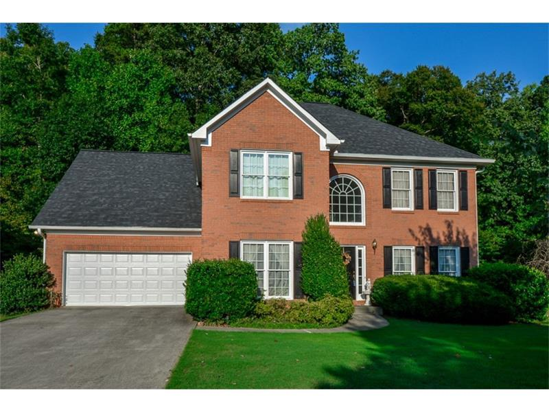 150 Richlake Drive, Suwanee, GA 30024 (MLS #5739302) :: North Atlanta Home Team
