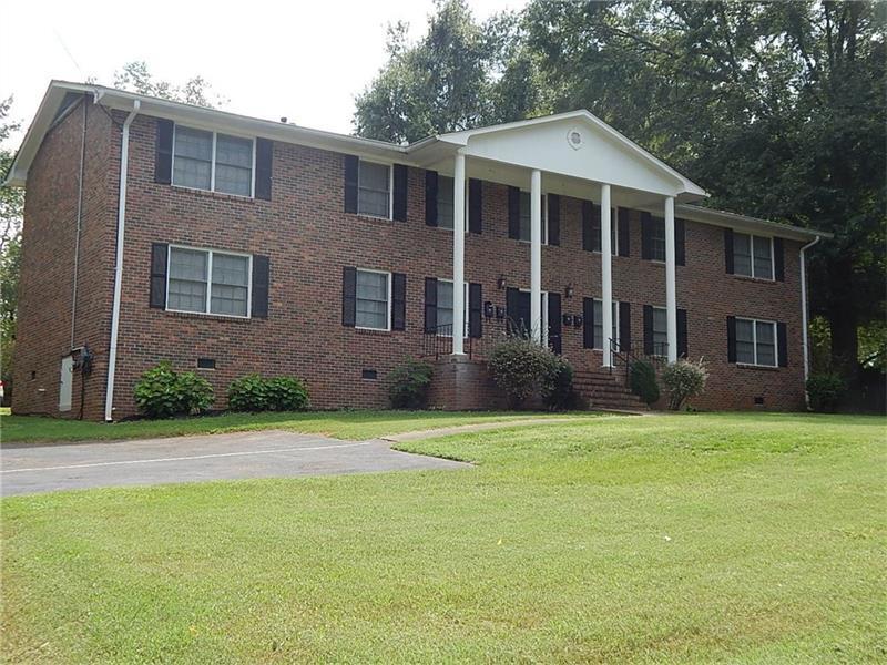 144 Bowden Street, Commerce, GA 30529 (MLS #5740162) :: North Atlanta Home Team