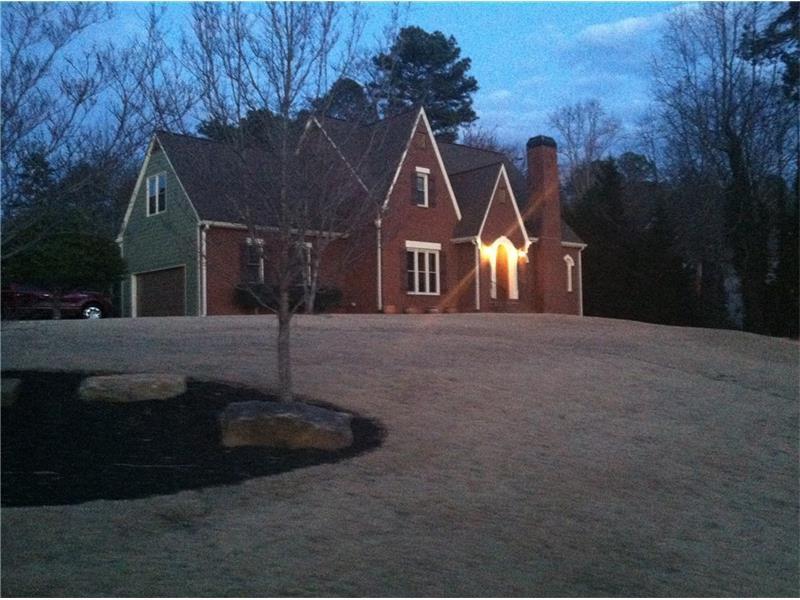 2547 Breton Court, Buford, GA 30518 (MLS #5742992) :: North Atlanta Home Team