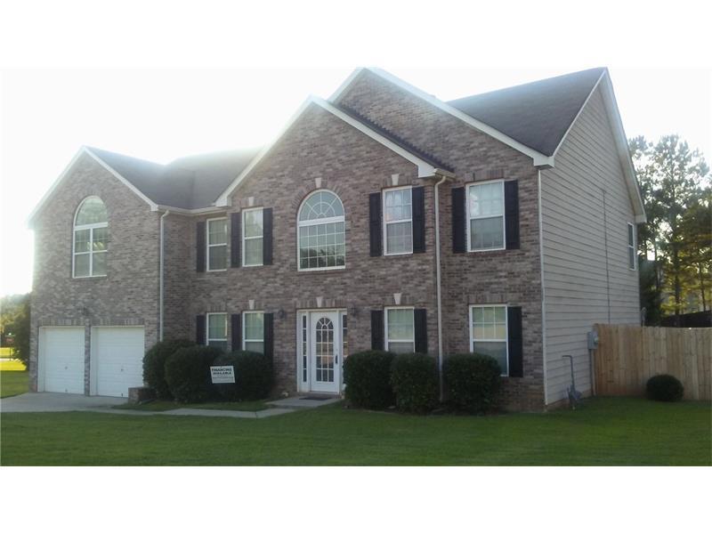 585 Windsor Way, Fairburn, GA 30213 (MLS #5743180) :: North Atlanta Home Team