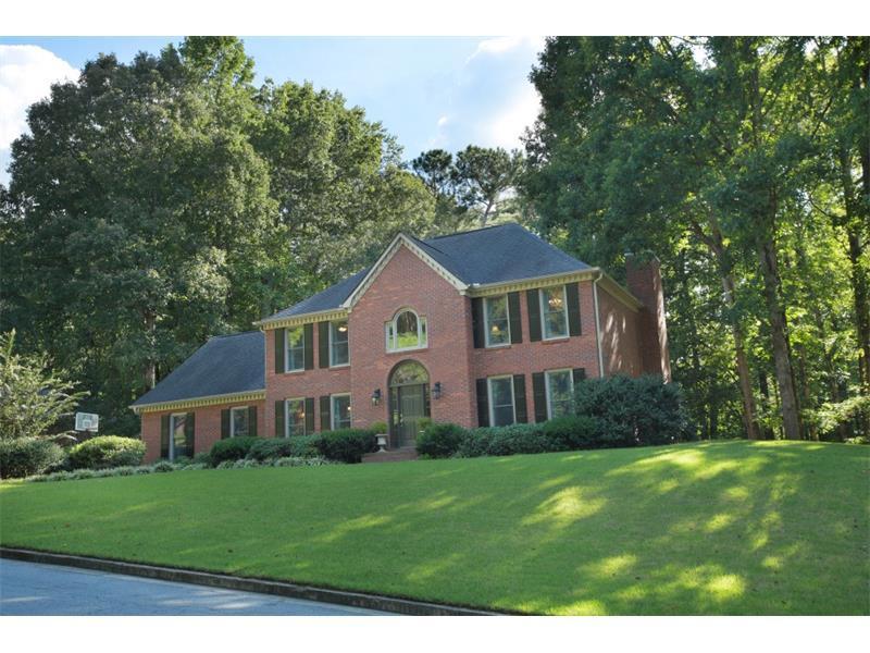 1000 Hickory Oak Hollow, Roswell, GA 30075 (MLS #5750916) :: North Atlanta Home Team