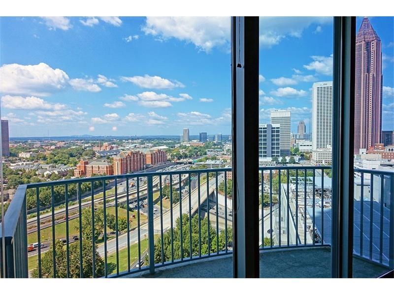 400 W Peachtree Street NW #2001, Atlanta, GA 30308 (MLS #5752696) :: North Atlanta Home Team