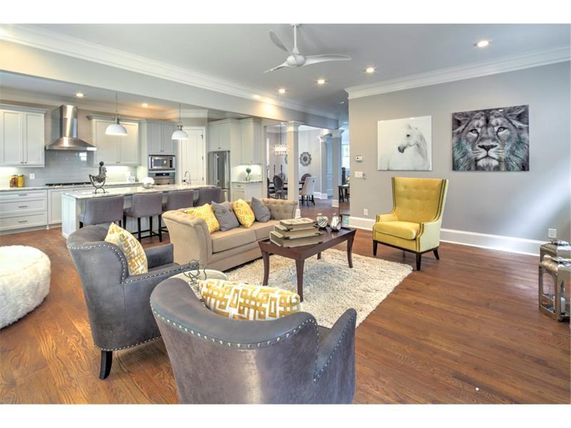 1066 Devine Circle NE, Brookhaven, GA 30319 (MLS #5756079) :: North Atlanta Home Team