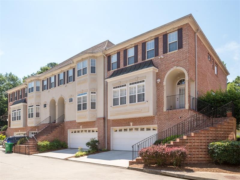 1391 Towne Estates Drive NE, Brookhaven, GA 30319 (MLS #5758007) :: North Atlanta Home Team