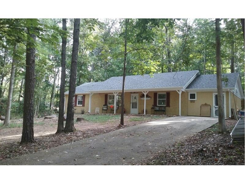 110 Crestwood Drive, Canton, GA 30114 (MLS #5758505) :: North Atlanta Home Team