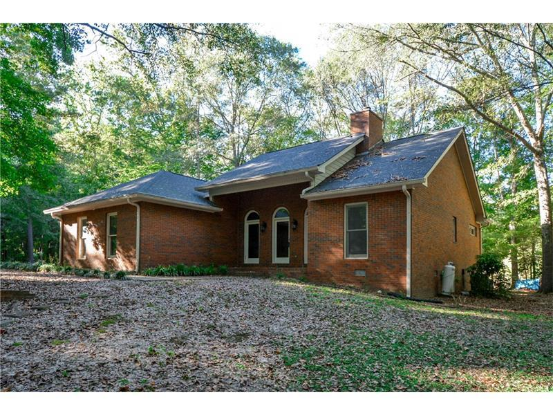 134 Padgett Road, Senoia, GA 30276 (MLS #5759110) :: North Atlanta Home Team