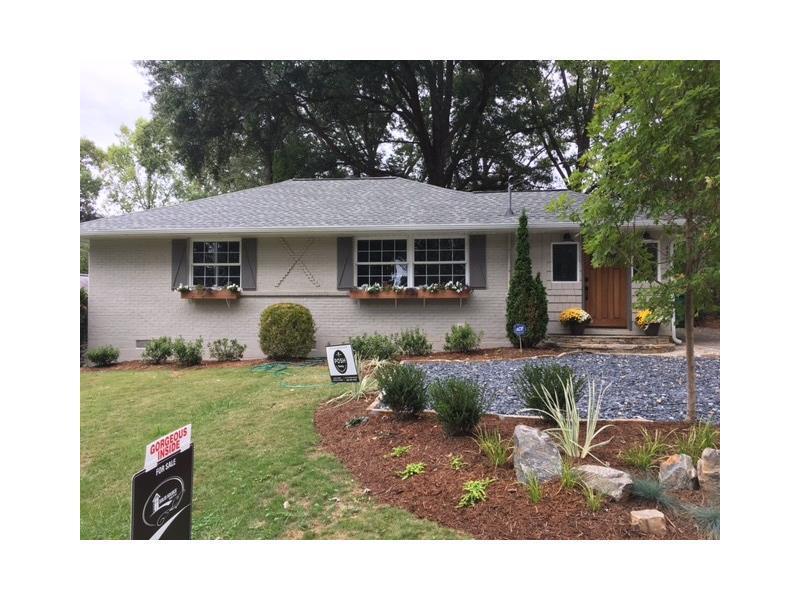 835 Powder Springs Street, Smyrna, GA 30080 (MLS #5759664) :: North Atlanta Home Team