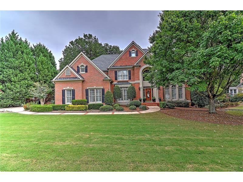 520 Dartington Way, Alpharetta, GA 30022 (MLS #5759898) :: North Atlanta Home Team