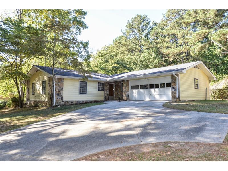 2675 Pamela Drive, Snellville, GA 30078 (MLS #5760784) :: North Atlanta Home Team