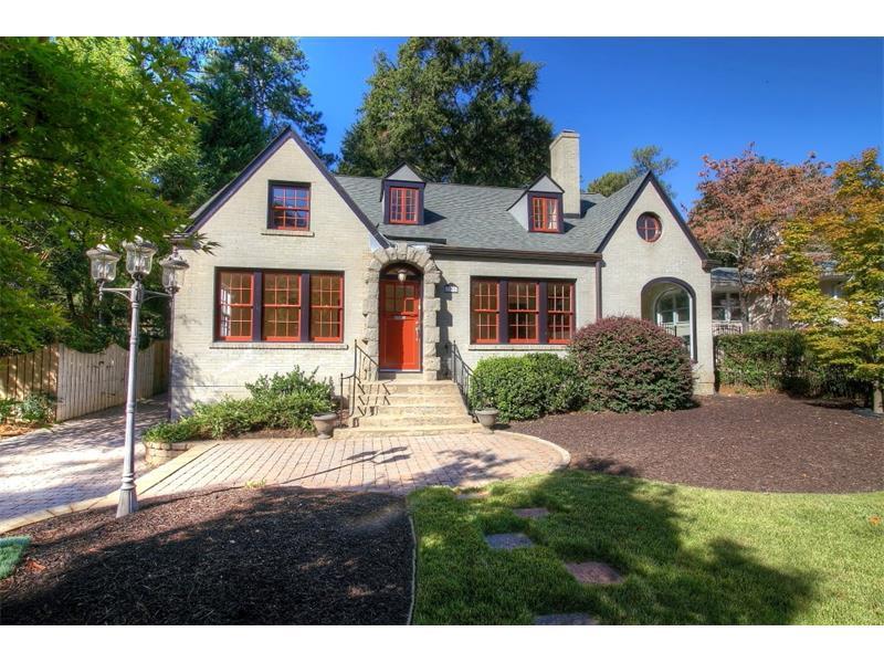37 Clarendon Avenue, Avondale Estates, GA 30002 (MLS #5762570) :: North Atlanta Home Team