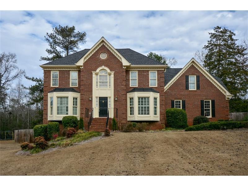 210 Emily Drive, Lilburn, GA 30047 (MLS #5790213) :: Carrington Real Estate Services