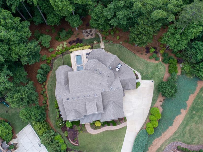 2425 Wayward Run, Cumming, GA 30041 (MLS #5811268) :: Carrington Real Estate Services