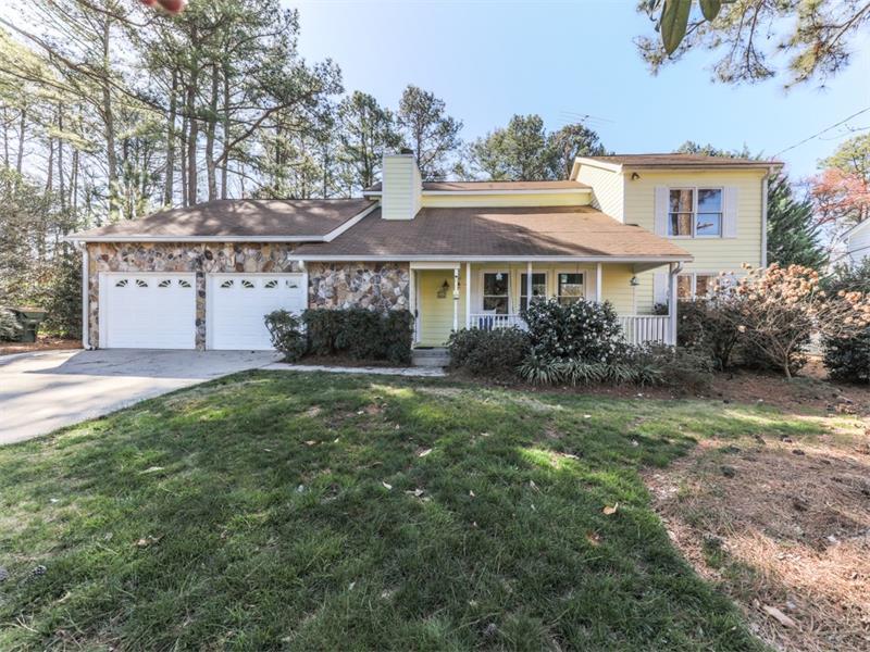4108 Manor House Drive, Marietta, GA 30062 (MLS #5813615) :: Carrington Real Estate Services