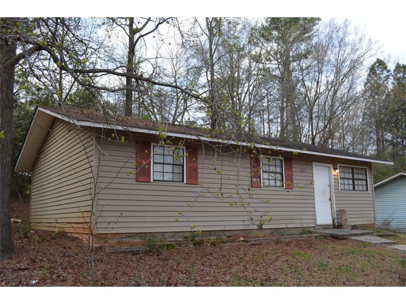 1102 Thompson Street, Griffin, GA 30223 (MLS #5823575) :: Carrington Real Estate Services