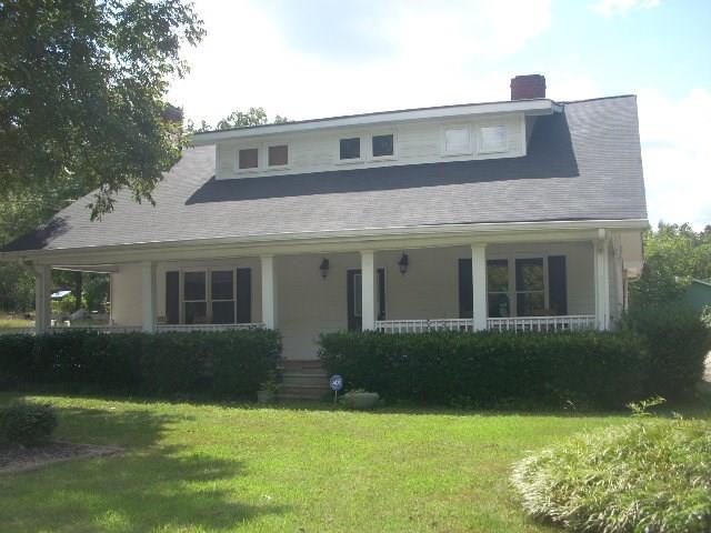 381 Harbins Road, Dacula, GA 30019 (MLS #5925032) :: North Atlanta Home Team