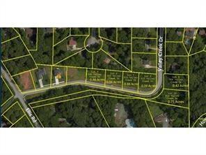 945 Valley Creek Drive, Stone Mountain, GA 30083 (MLS #5933609) :: RE/MAX Paramount Properties