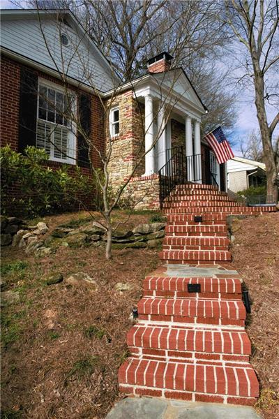 238 Camden Road NE, Atlanta, GA 30309 (MLS #5958390) :: RE/MAX Paramount Properties