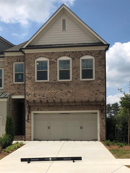1010 Millhaven Drive, Roswell, GA 30076 (MLS #5962812) :: North Atlanta Home Team
