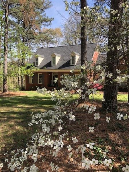 128 Woodcrest Drive SW, Cartersville, GA 30120 (MLS #5998332) :: North Atlanta Home Team