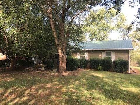 4191 Highway 332, Hoschton, GA 30548 (MLS #6064194) :: North Atlanta Home Team