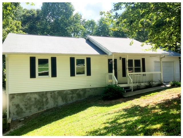 3036 Summer Lake Drive, Gainesville, GA 30506 (MLS #6065032) :: RE/MAX Prestige