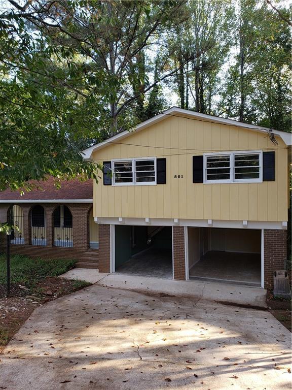 801 Needle Rock Drive, Stone Mountain, GA 30083 (MLS #6077698) :: RE/MAX Paramount Properties