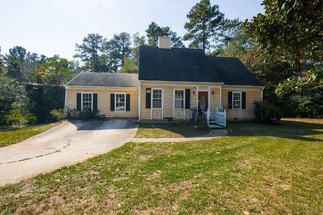 1421 Bentley Woods Lane, Lithonia, GA 30058 (MLS #6091440) :: North Atlanta Home Team
