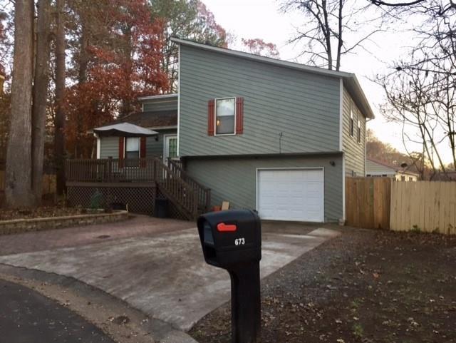 673 Springhollow Drive SW, Marietta, GA 30008 (MLS #6105705) :: North Atlanta Home Team
