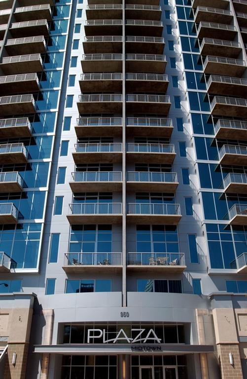 44 Peachtree Place NW #2032, Atlanta, GA 30309 (MLS #6108548) :: Dillard and Company Realty Group