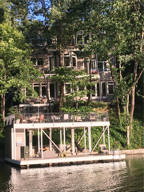 606 Hilltop Lane, Berkeley Lake, GA 30096 (MLS #6506241) :: Rock River Realty