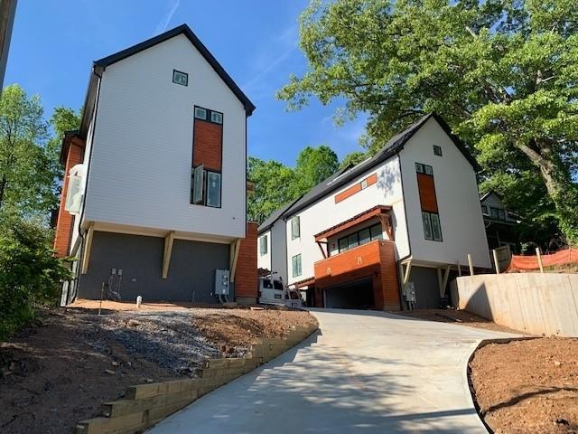 Atlanta, GA 30307 :: RE/MAX Paramount Properties