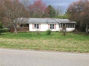 587 Roscoe Collette Road, Dawsonville, GA 30534 (MLS #6527098) :: Rock River Realty