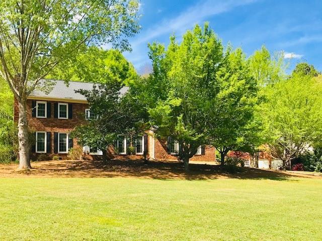 301 Viewpoint Drive, Peachtree City, GA 30269 (MLS #6534370) :: Ashton Taylor Realty