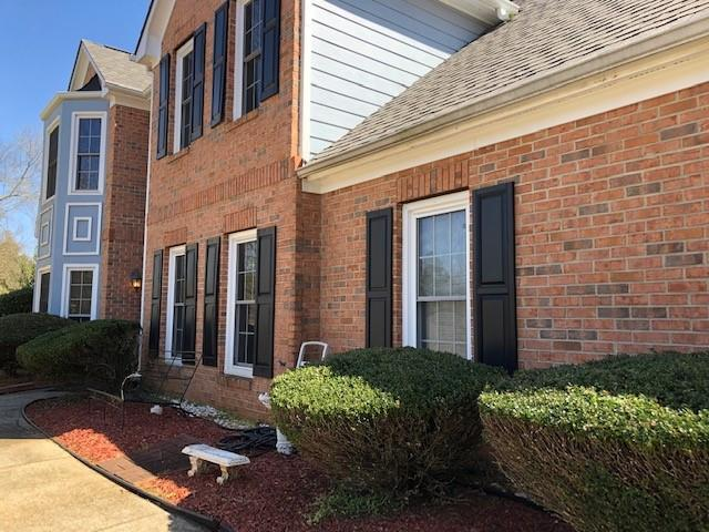 220 Deer Cliff Cove, Lawrenceville, GA 30043 (MLS #6536546) :: Iconic Living Real Estate Professionals