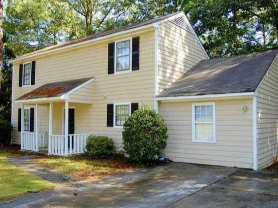 3400 Bleckley Drive, Lithonia, GA 30038 (MLS #6546708) :: North Atlanta Home Team
