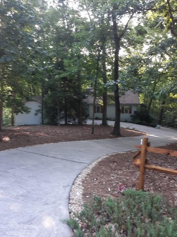 5536 Hidden Harbor Trail, Gainesville, GA 30504 (MLS #6561298) :: North Atlanta Home Team