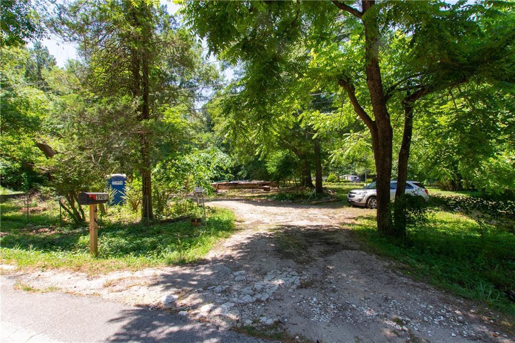 3901 Panthersville Road - Photo 1