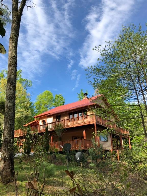 526 Hawk Hill Lane, Lakemont, GA 30552 (MLS #6567978) :: Kennesaw Life Real Estate