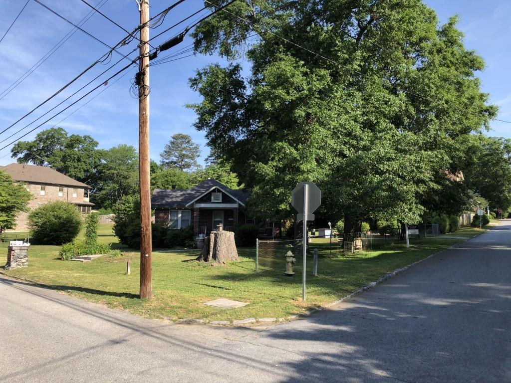 1174 Pine Grove Avenue - Photo 1