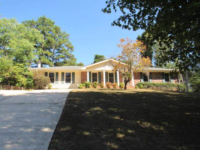 2541 Creekview Drive SW, Marietta, GA 30008 (MLS #6602922) :: North Atlanta Home Team